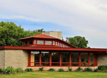Wyoming Valley School - Wright in Wisconsin